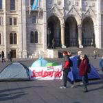 A Szolidaritás a Kossuth téren demonstrált a kilakoltatási és lakhatási válság megoldásáért